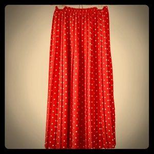 Dresses & Skirts - Vintage red polka dot skirt EUC